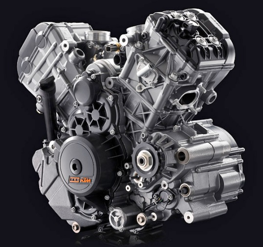 KTM RC8 engine